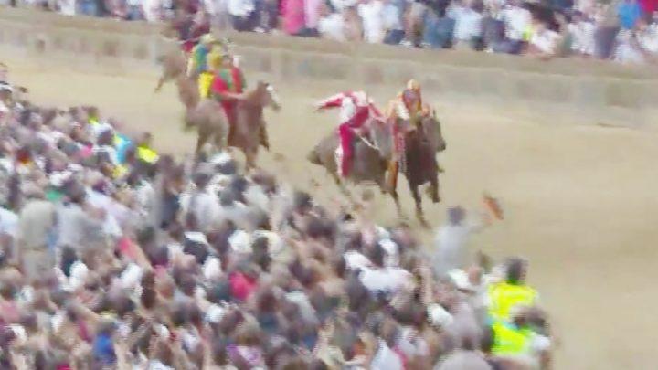 A Siena trionfano i Sardi Tale e Quale e Tittia per la Contrada della Giraffa. VIDEO